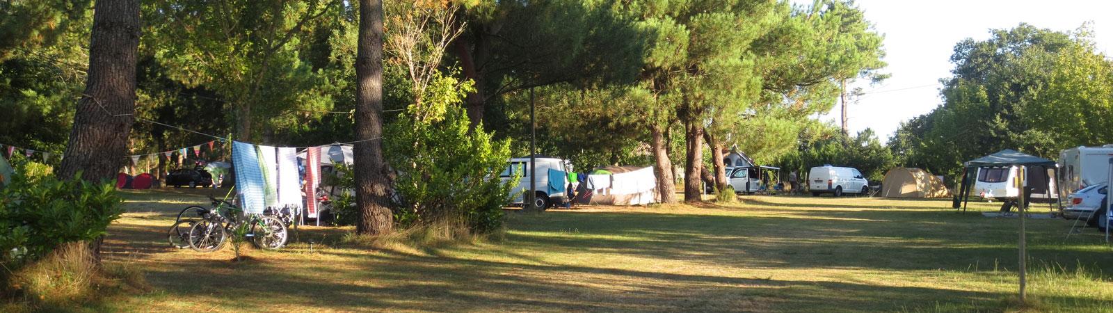 Espace, tranquillité et convivialité - Camping La Prairie - Aire Naturelle